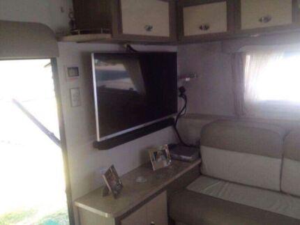 Scenic caravan