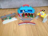Thomas the tank toys various