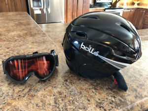 Snow helmet and goggles
