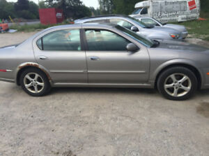 2001 nissan maxima  parting out