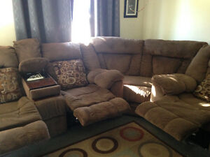 Large Ashley furniture reclining SECTIONAL for sale Sarnia Sarnia Area image 4