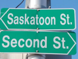 2nd Street / Dundas Street East / Saskatoon St. - London East -