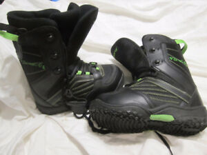 FIREFLY SNOWBOARD BOOTS *MENS SIZE 4