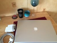 "MacBook Pro 17"" Late 2008 500GB 4GB El Capitan"
