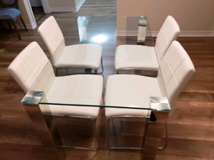 Luxurious Kitchen Dining Glass Table with 4 chairs $650