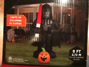 Giant Darth Vader 9~Foot Tall Halloween Inflatable