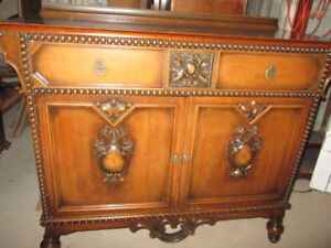 LOVELY VINTAGE & ANTIQUE Sideboards,Credenzas Ready to Install