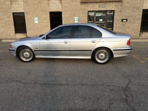 1999 BMW 540i M Package ( Mint condition)