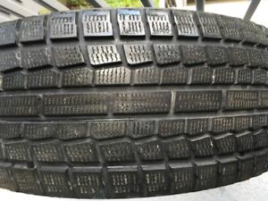 4 winter tires (Yokohama) for $ 400