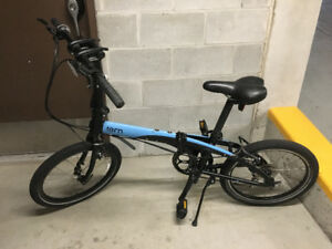 Folding Bicycle. Tern LINK D8; Blue, excellent condition.