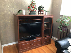 Wooden TV Entertainment Centre