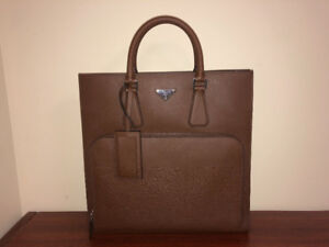 Prada Leather Men's Bag/Tote - Mint Condition