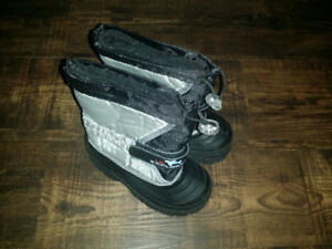 Size 8 Grey Boots by Lil Explorer (like new)