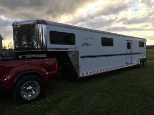 Remorque pour chevaux / Horse trailer