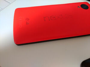 Nexus 5 + Flexible Rubber Case