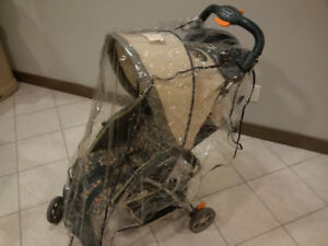 Travel About one-hand-fold stroller