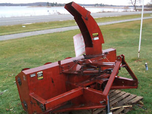 International 80 Dual Auger Snowblower Kingston Kingston Area image 5