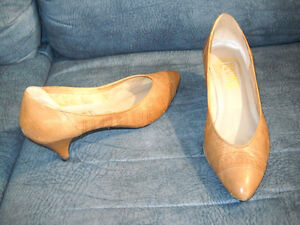 Tender tootsies collection. Black leather dress shoes and more!! Kitchener / Waterloo Kitchener Area image 5