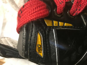 Supreme 190 Bauer hockey skates size 2D *GOOD CONDITION* 1szn