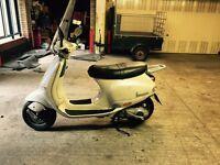 Vespa et4 125cc