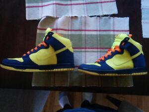 Nike Dunk Homer Simpson