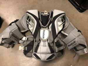 Reebok Youth 6K Goalie Chest Protector