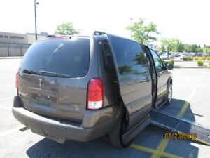 WHEELCHAIR VAN 2009 PONTIAC MONTANA SIDE-ENTRY MINT