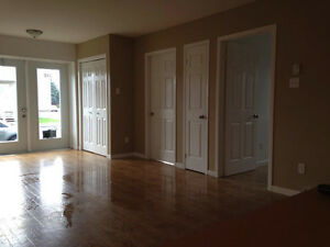 Grand Appartement 4 1/2 Valleyfield - Disponible