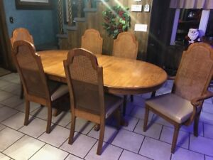Oak table and chairs - solid wood
