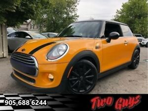 2014 Mini Cooper Hardtop Base Great Colour! Automatic