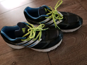 Size 9 Adidas running shoes