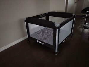 Playard, 10sq ft