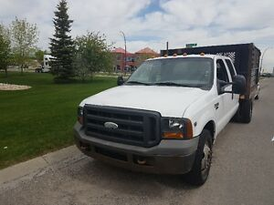 2005 Ford F350 V10 XL Crew Cab with Box