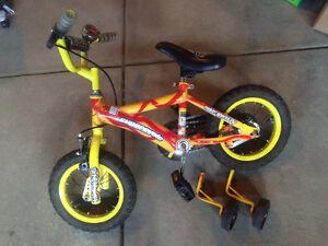 Great kids bike - 12'' with training wheels.