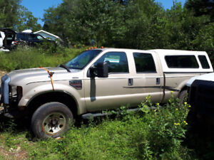 Gold Ford F350. No Motor, 2WD