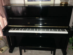 Piano - Yamaha upright
