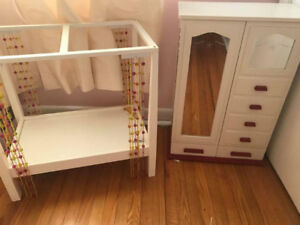 Authentic American Doll Bed & Closet Dresser Set Excellent Cond