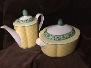 Villeroy & Boch Tea Pot & Sugar Bowl
