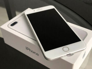 iPhone 7 Plus 128GB Silver Unlocked (mint condition)