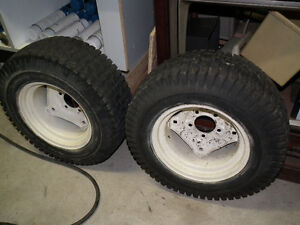 LAWN TRACTOR TIRES ON RIMS  23 X 850 X 12 Windsor Region Ontario image 1