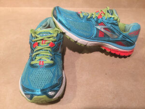 Women's Brooks Ravenna 5 DNA Running Shoes Size 9 London Ontario image 7