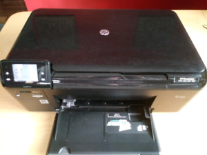 HP Photosmart wireless printer & full ink cartridges