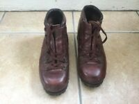 Hawkins leather unisex boots size 5