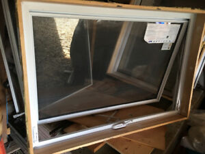 NORTHSTAR AWNING WINDOW NEW