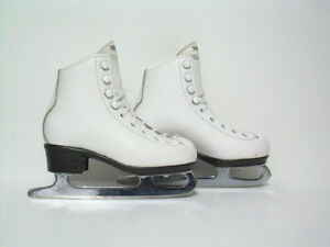 Girls Italian Leather Skates - Kids size 10.5 (10-1/2)
