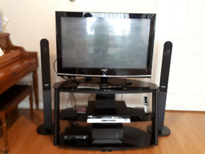 SAMSUNG TV and Home Theater system with Stand