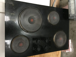 Electric Cooktop - glass with 4 Cast-iron burners