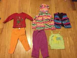 Lot de vêtements 21 mcx - Fille 18-24 mois
