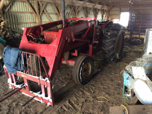 International 724 Tractor w/ Bucket - Possible Trade