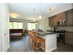 Stunning Townhouse FOR SALE in Cochrane**Call to view it**